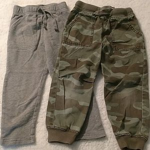 Bundle of two 4t joggers